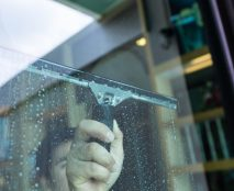 Tips for Getting Your Windows to Look Spotless