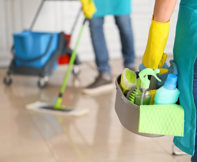 8 Essential Items and More for Your Commercial Cleaning Supply Toolkit